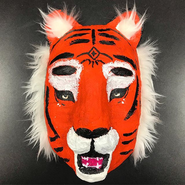 Brooke's Tiger Mask! #artteacherlife #maskmaking #vantagepointhighschool Finishing my teaching career on some high notes, still having fun! 😊❤️