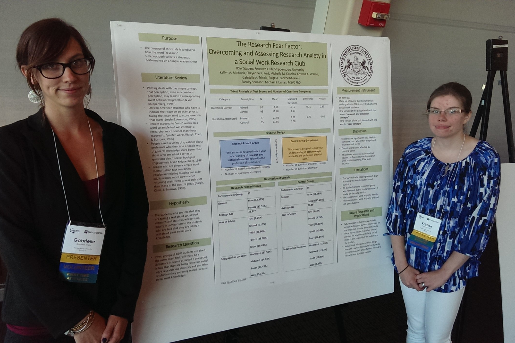 Kristina Miller '17 presents her research with a fellow student at New York University.
