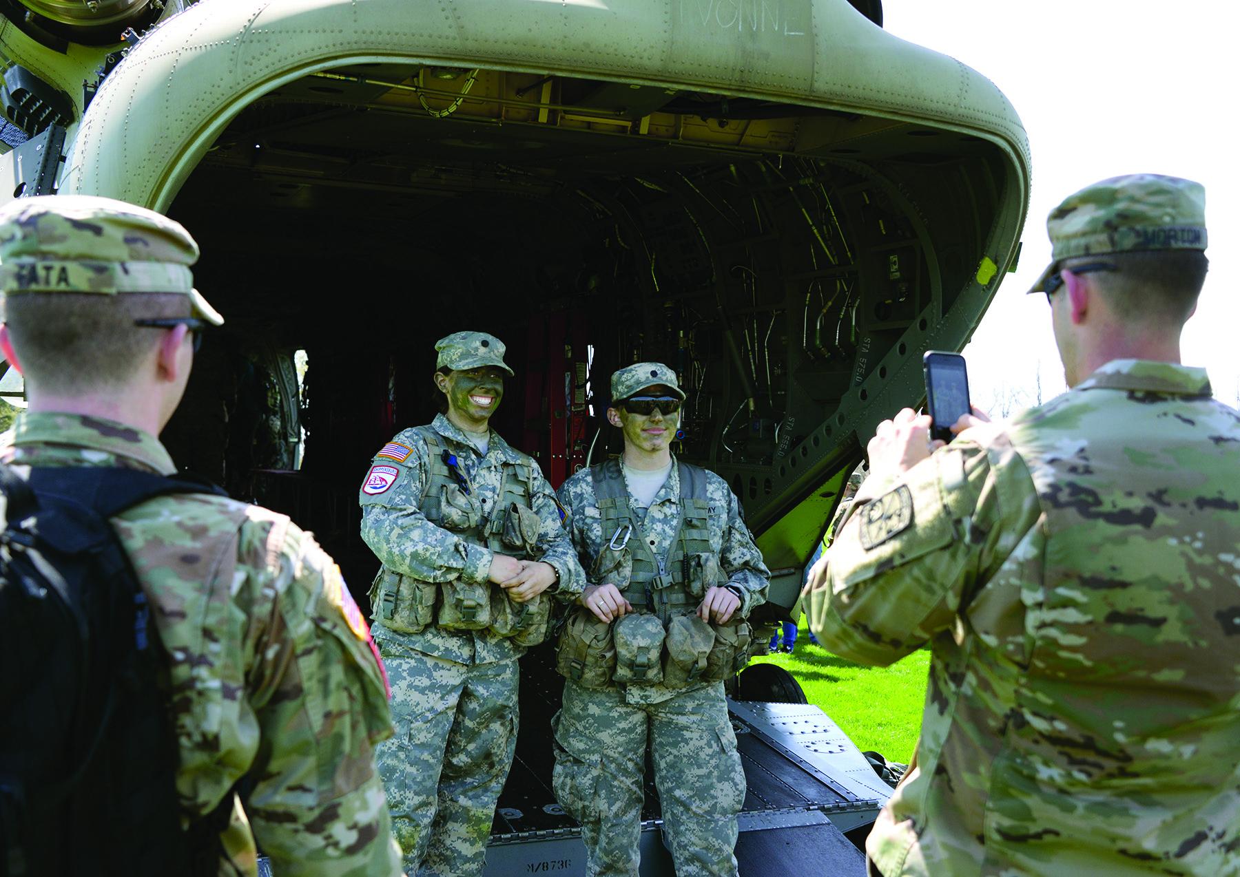 Chinook.Tour.ROTC.cadets.cmyk.420.jpg