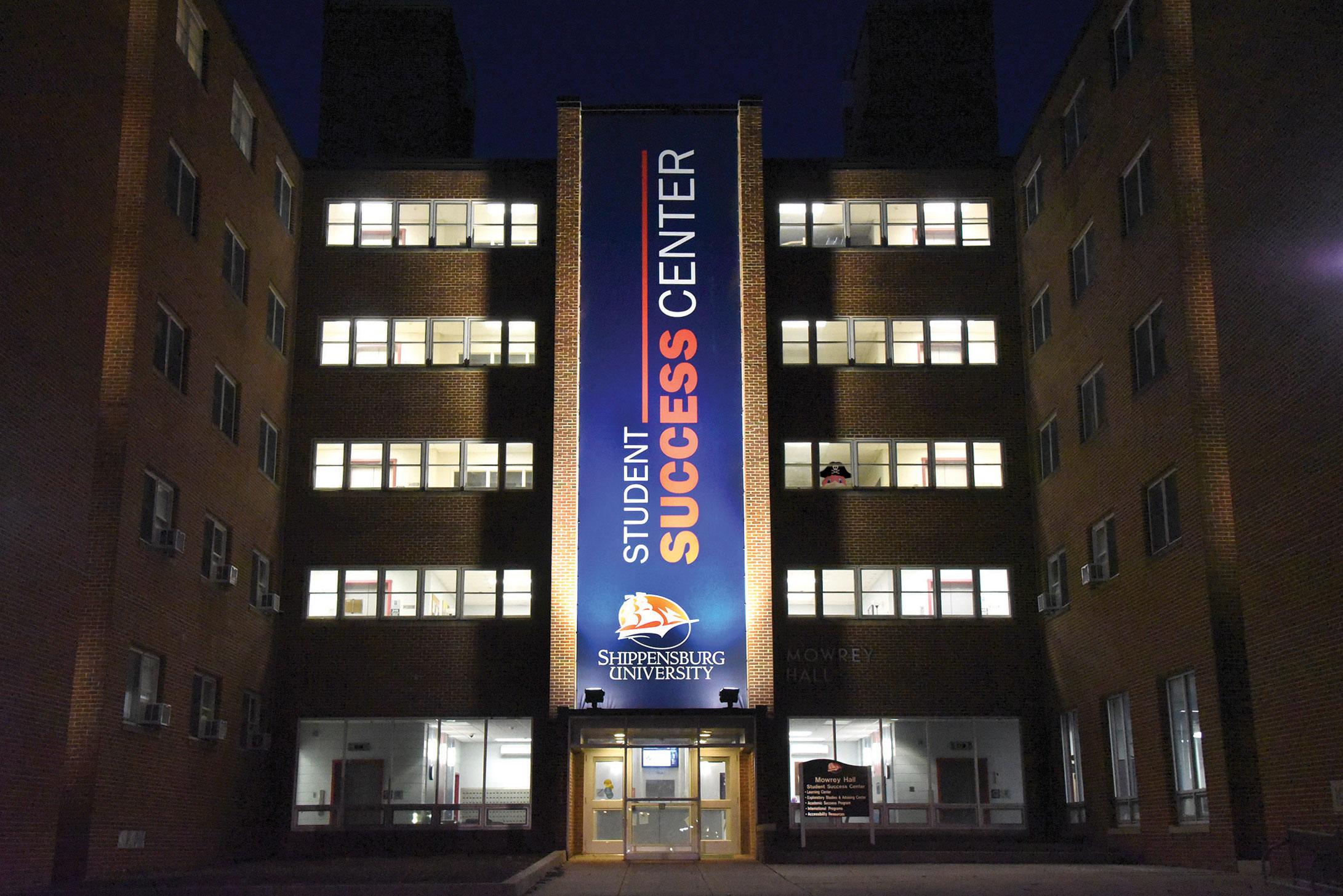StudentSuccessCenter.Ext.night.cmyk.850.jpg