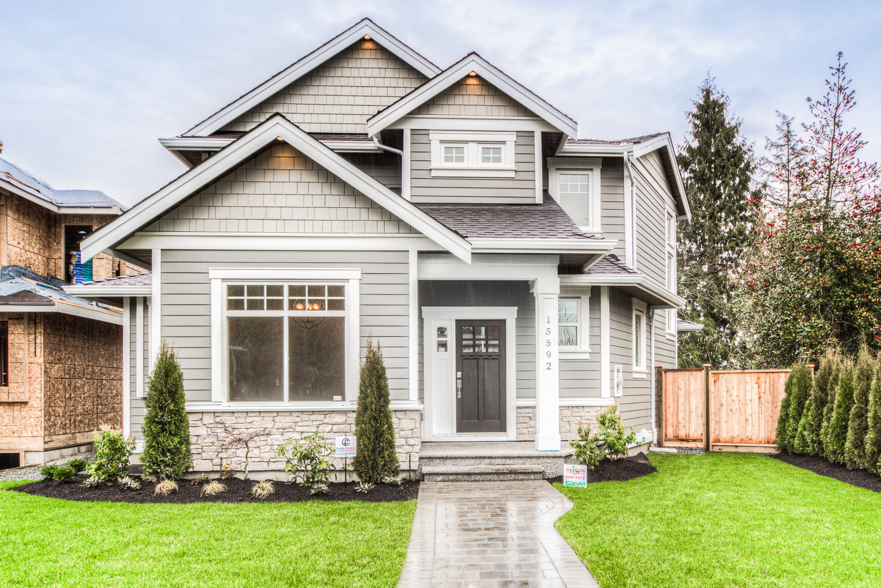 15592-Madrona-Dr-Sry-360hometours-02s.jpg