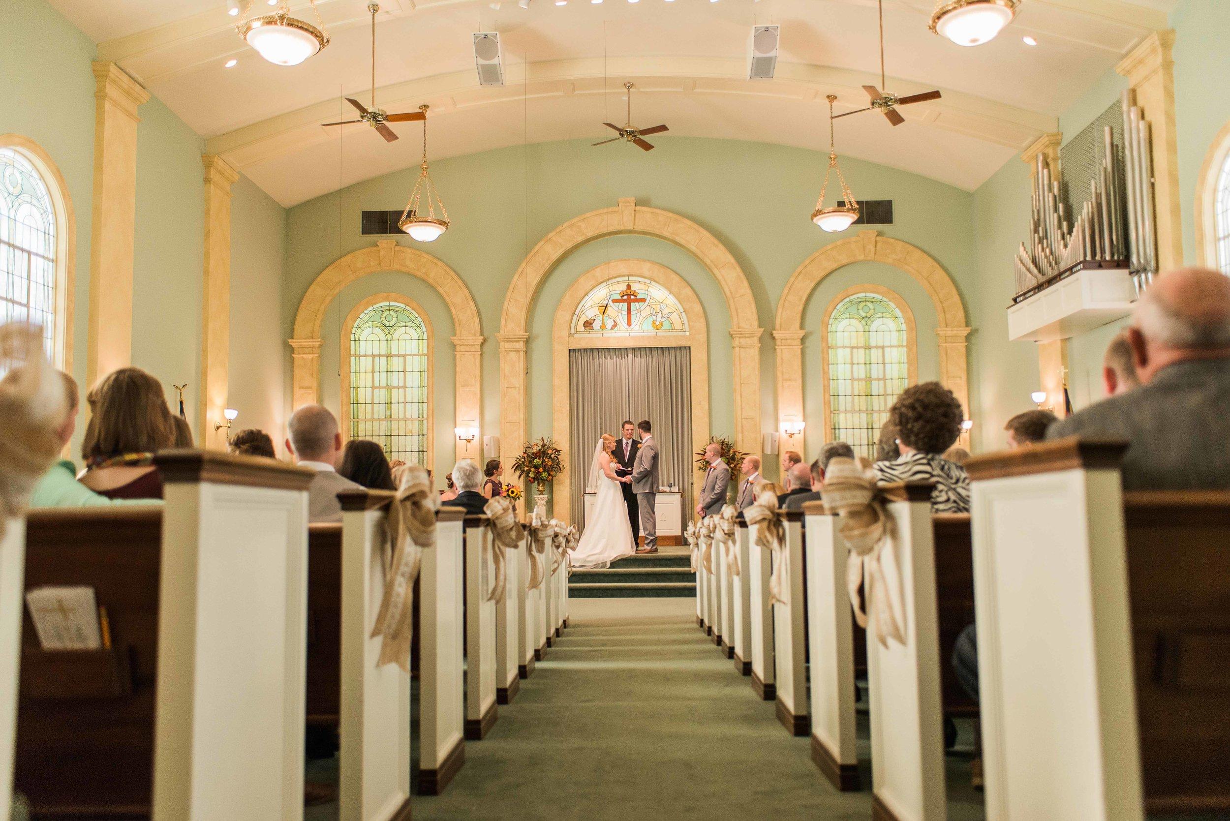 Lawrenceburg, KY wedding photographers