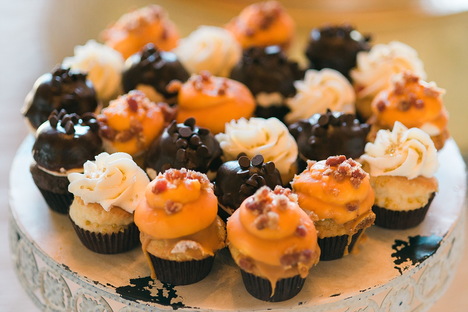 mini cupcakes by Sweets by Cindy