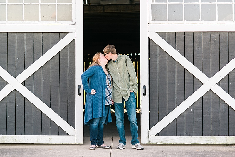 country engagement session in Kentucky