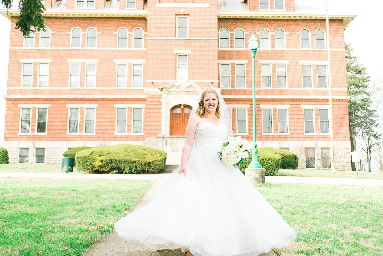 Louisville, KY wedding photographers