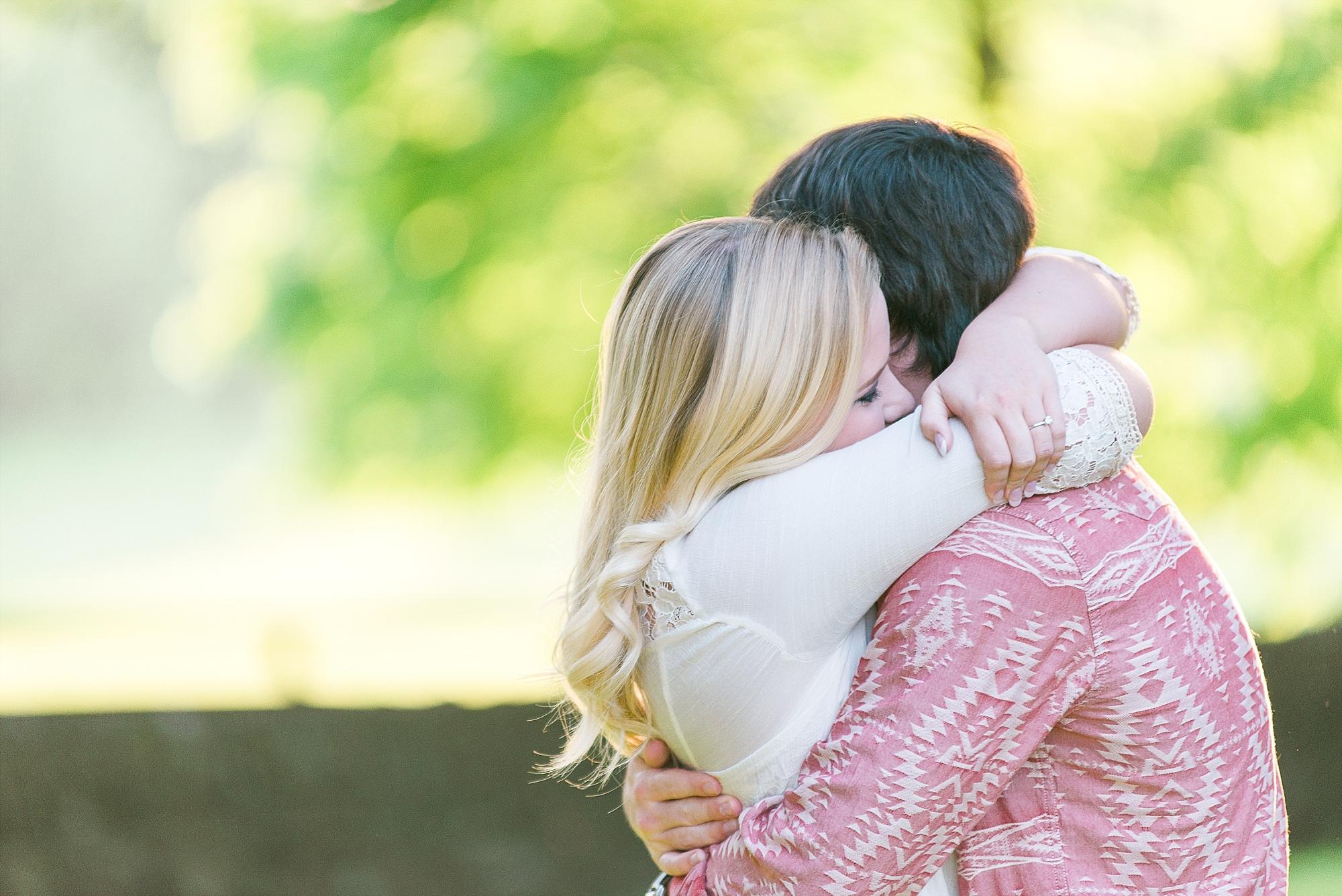 romantic wedding photos in Kentucky