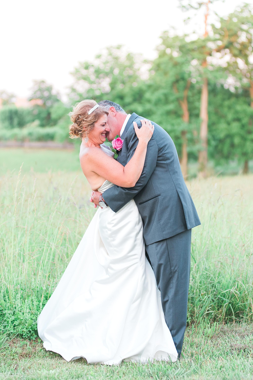 affordable-lexington-kentucky-wedding-photographers