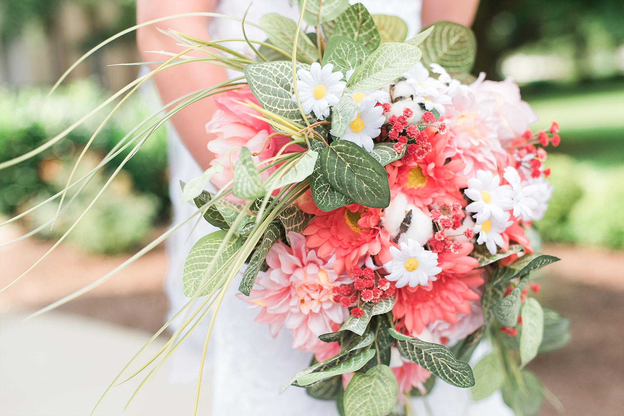 coral-pink-wedding-bouquet