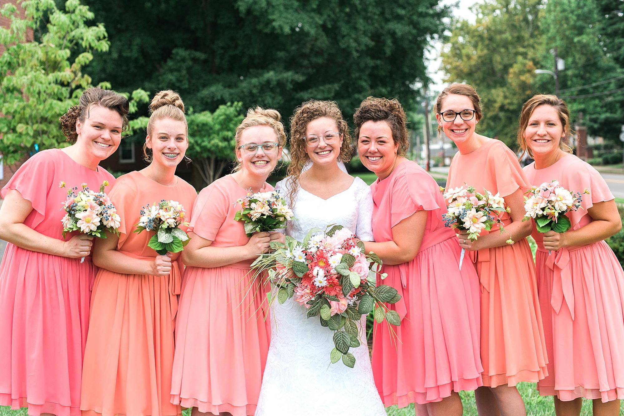 bridal-party-shades-pink