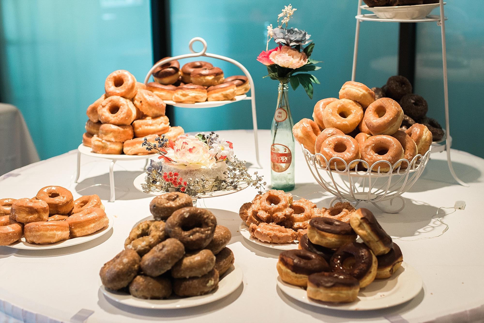 donut-bar-wedding-reception
