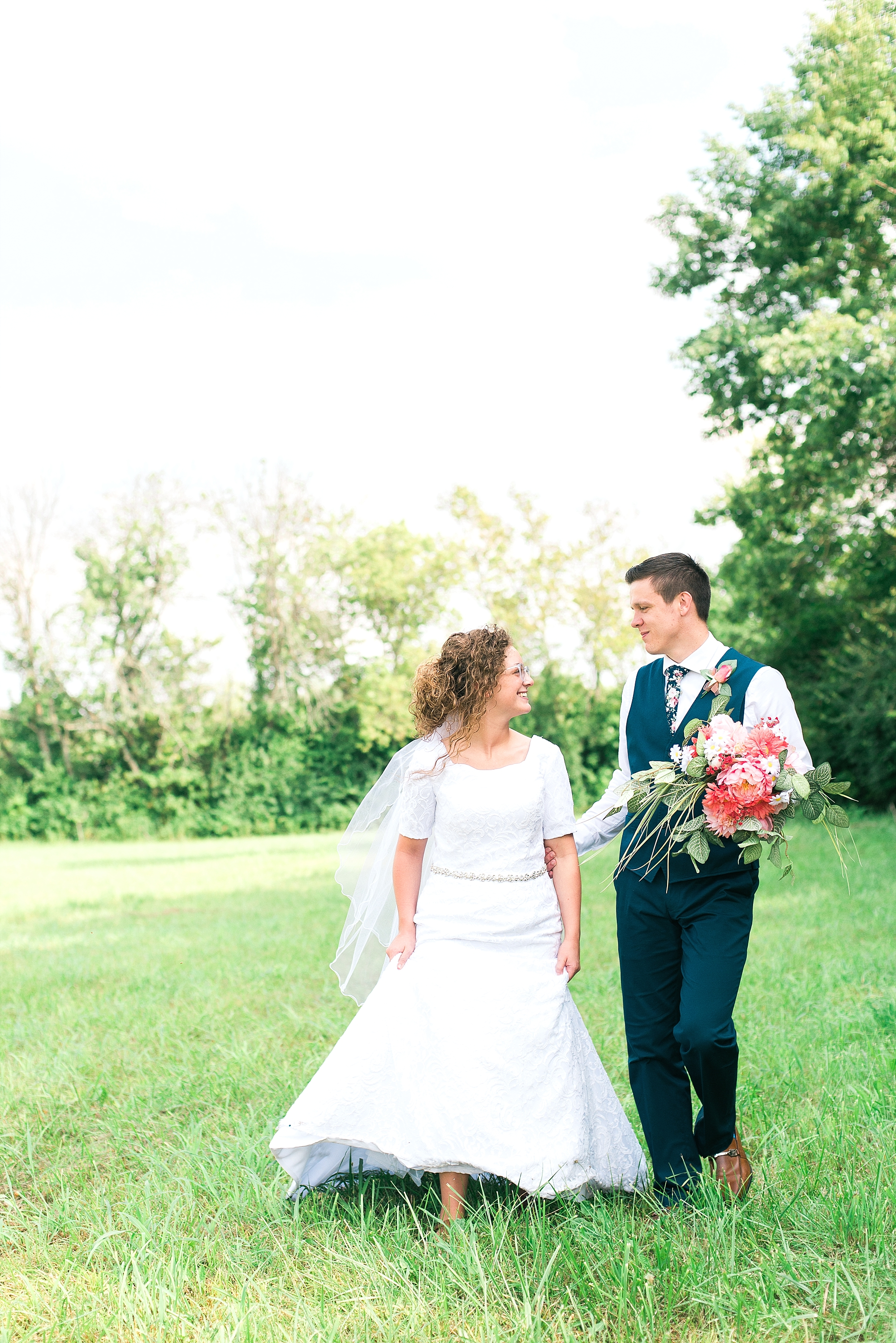 wedding-photos-in-country