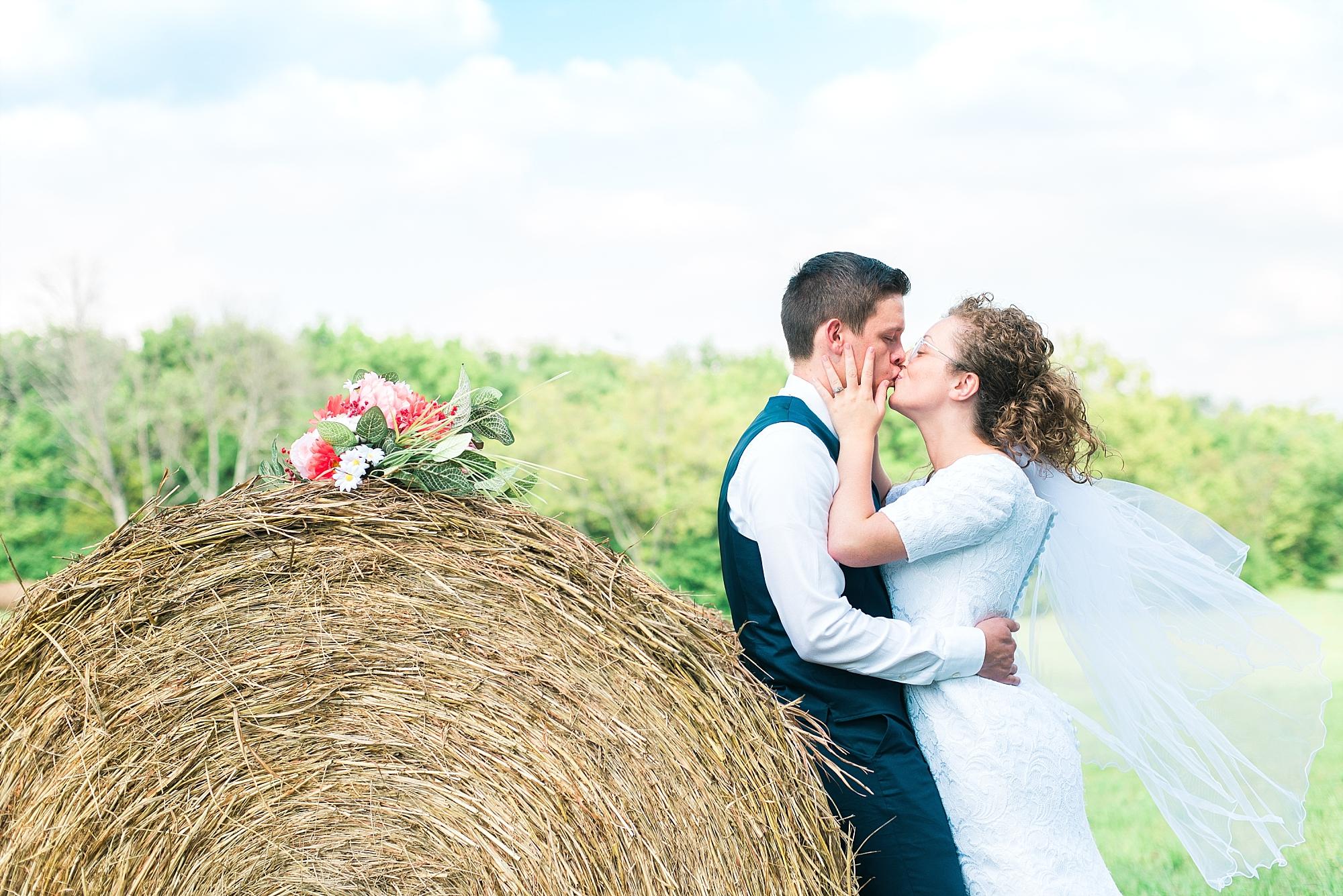 farm-wedding-kentucky