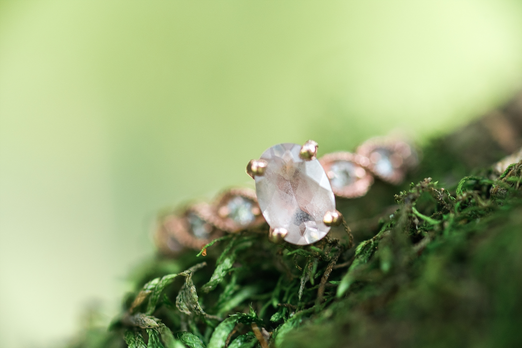 engagement-ring-moss