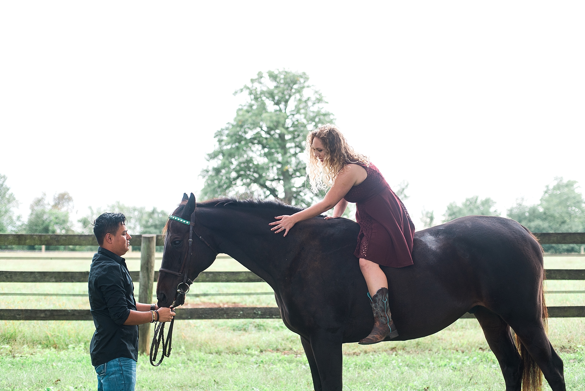 engagement-photos-horse-farm
