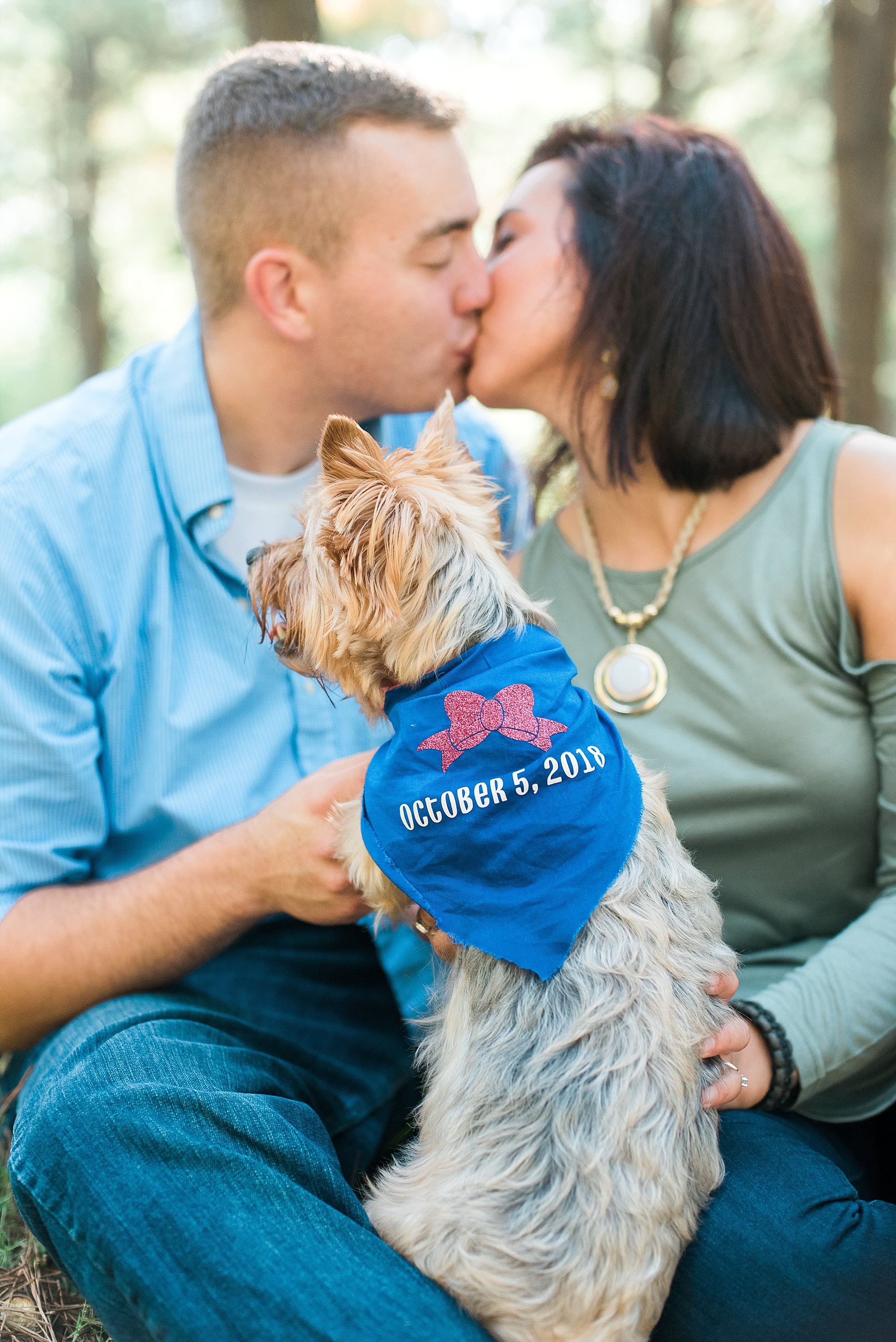 engagement-photos-with-pets
