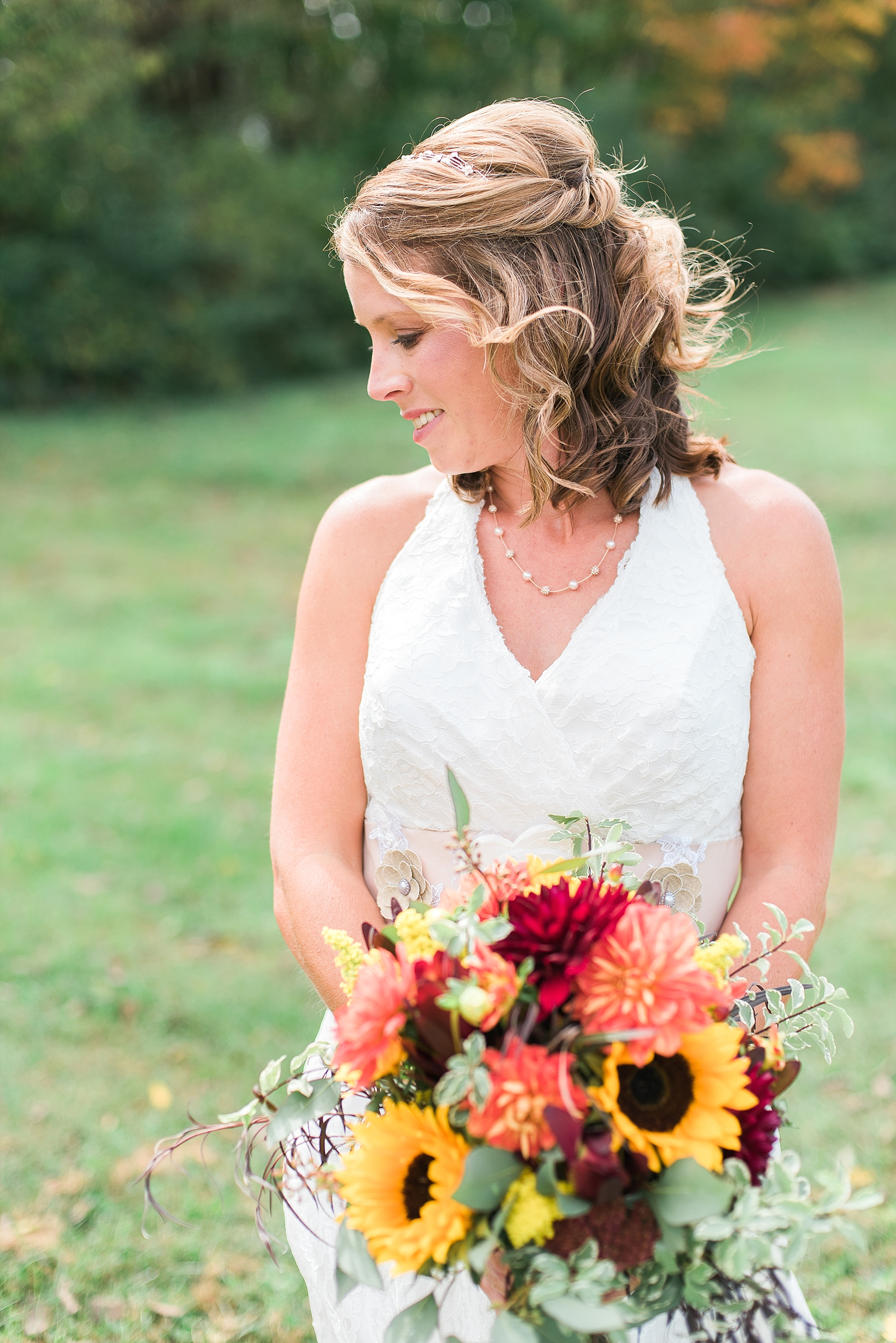 country-fall-wedding-bouquet
