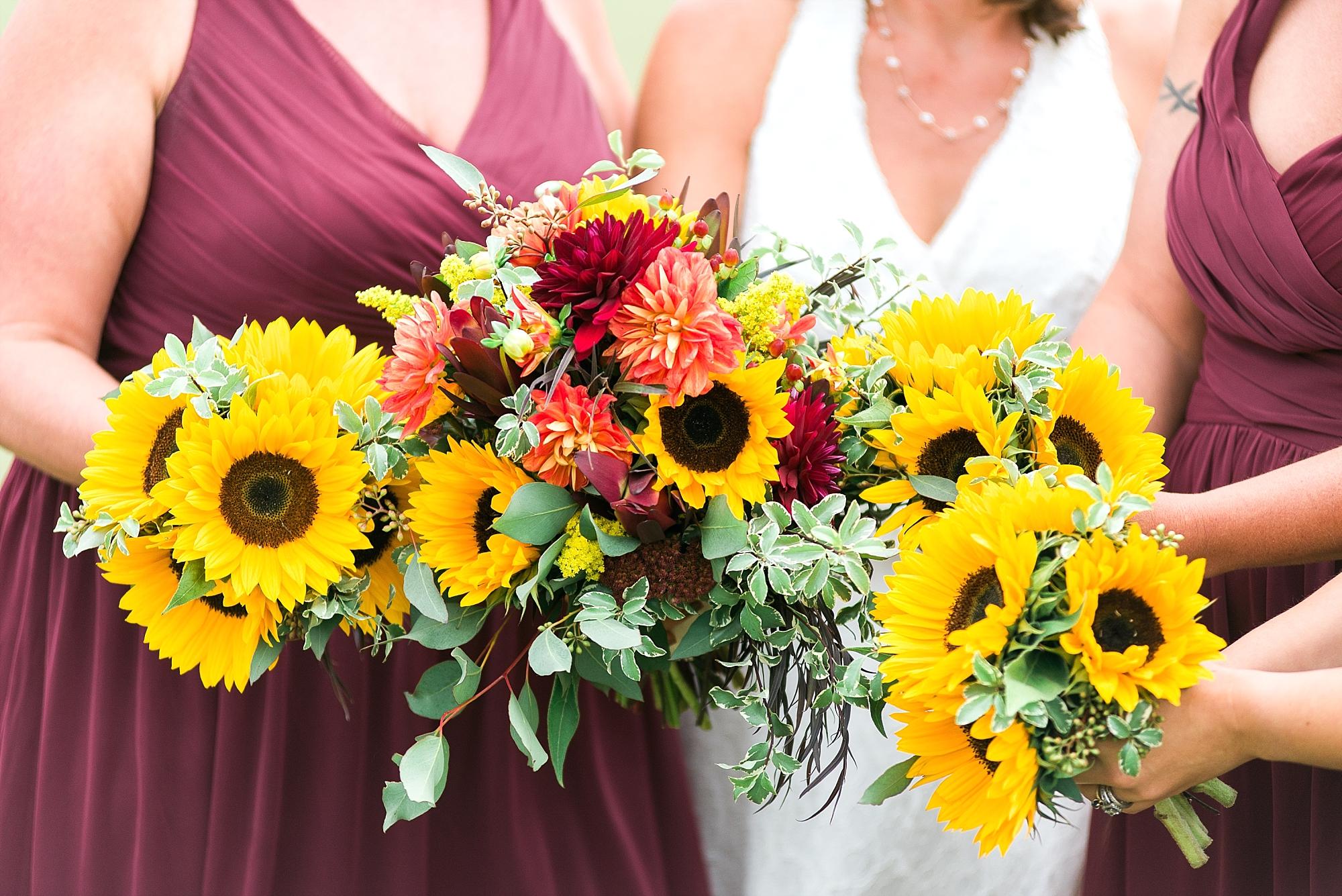 sunflower-wedding-bouquets