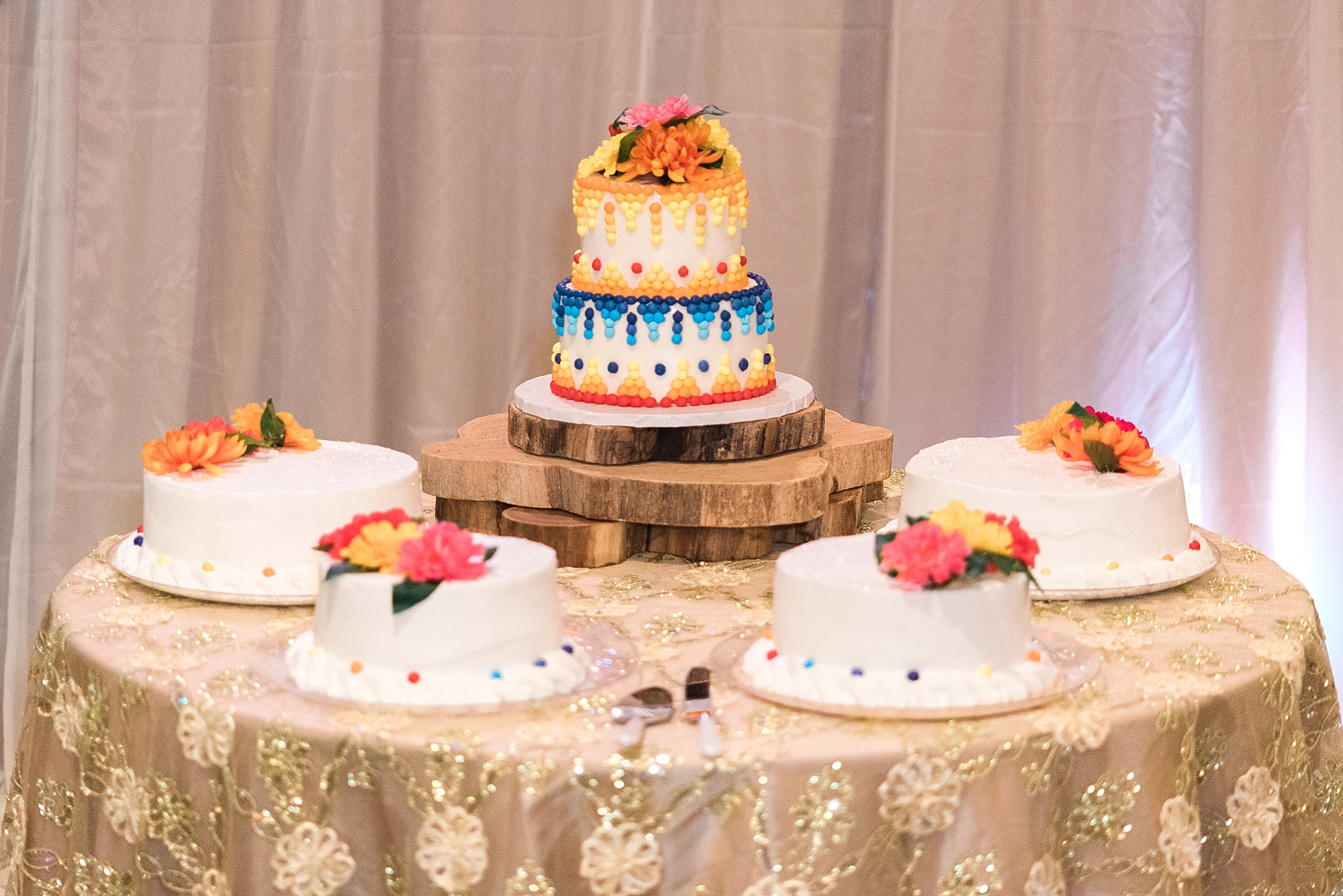 Tres leches wedding cake? Yum!