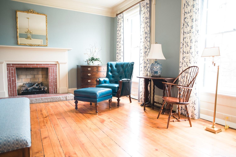 navy-blue-home-decor