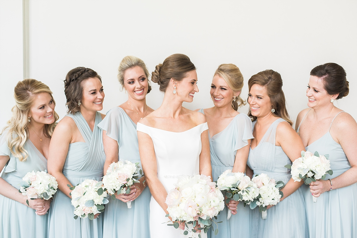 The prettiest group of bridesmaids!