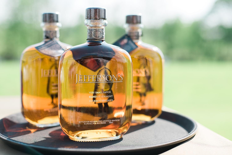 bourbon-tasting