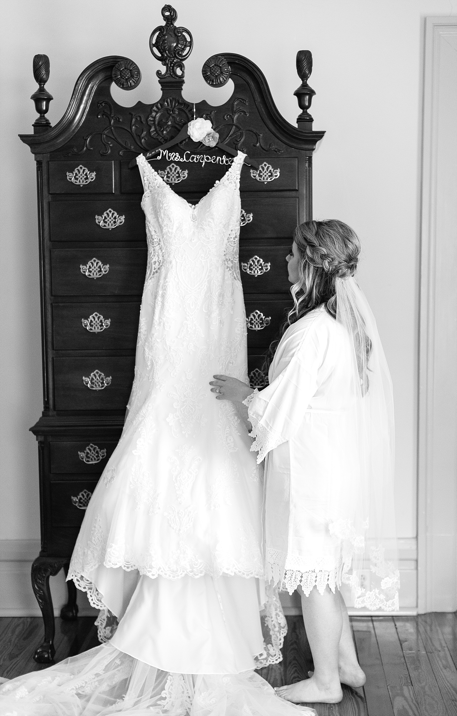 bride-with-dress