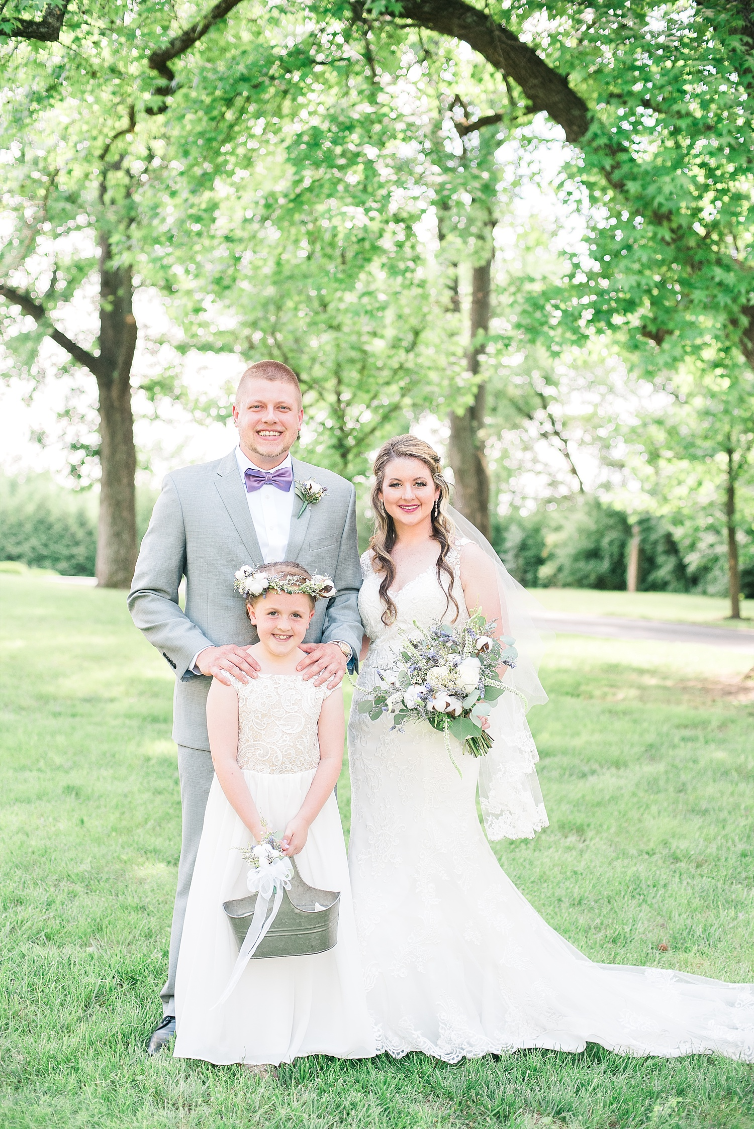 flower-girl-with-bride-groom