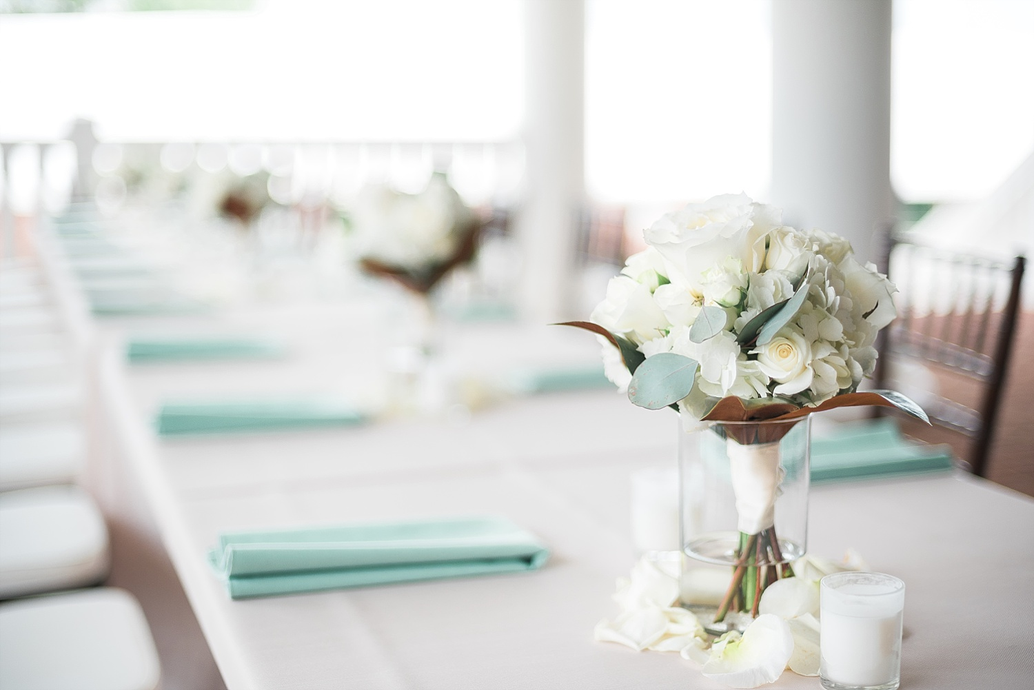 tablescape-on-patio
