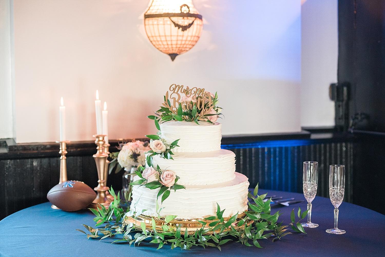 all-the-way-shoppe-cake