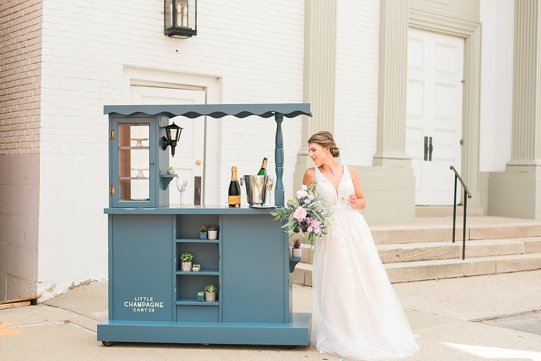 little-champagne-cart