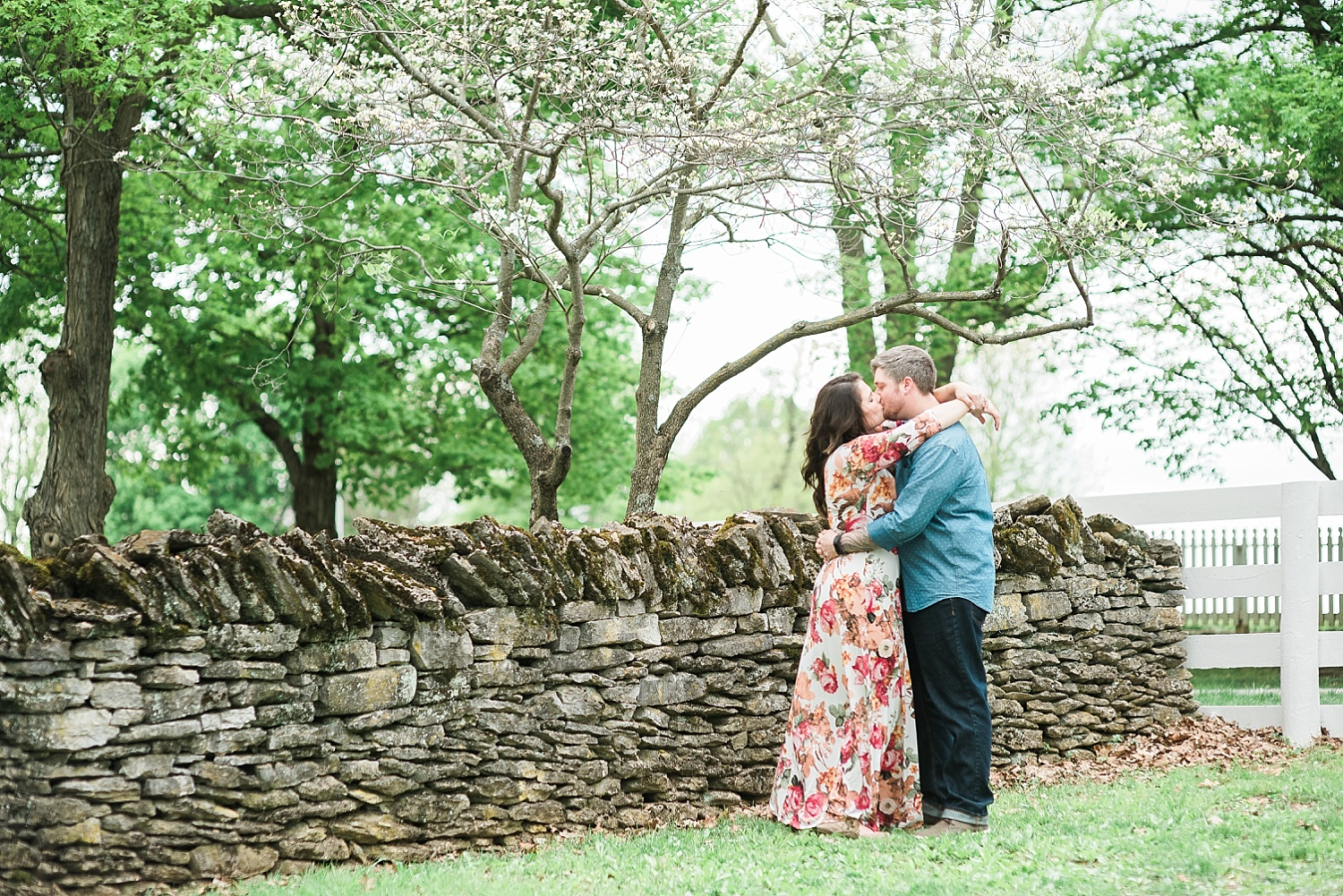 spring-engagement-session-with-blooms
