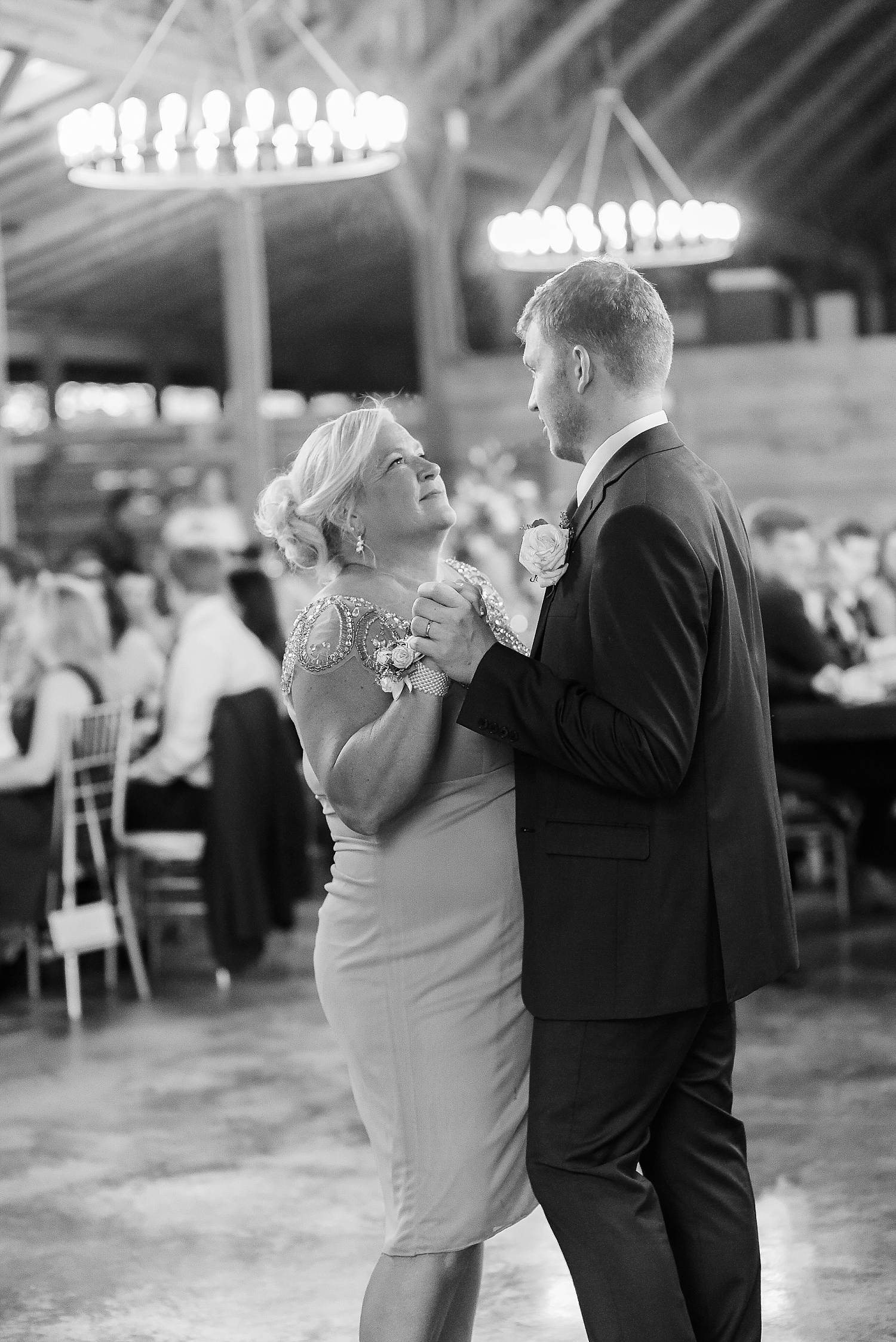 mother-son-dance