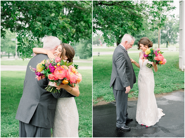round-barn-wedding-stable-of-memories