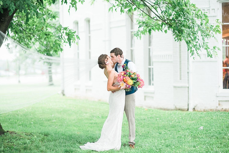 modern-fiesta-wedding