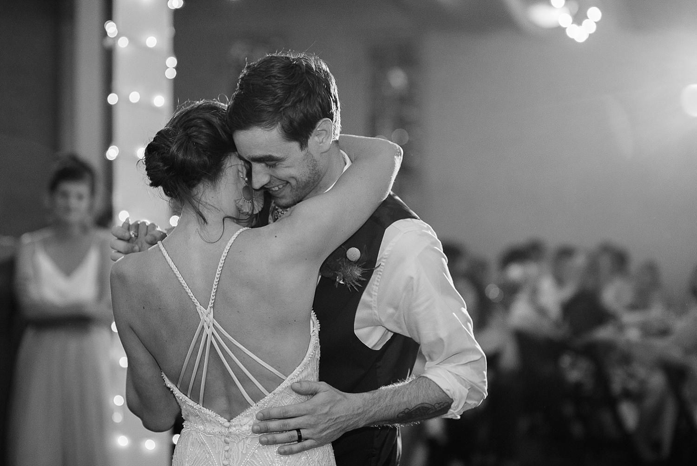 top-kentucky-destination-wedding-photographers