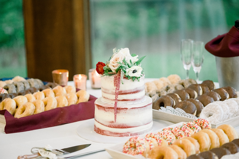 cake-donut-table