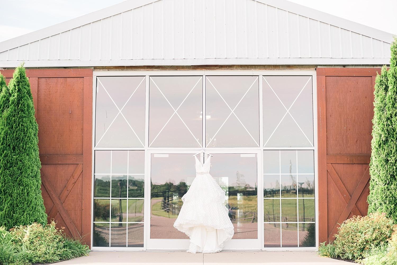 bluegrass-wedding-barn-kentucky