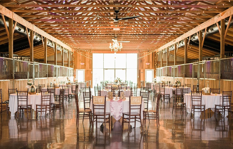 reception-bluegrass-wedding-barn