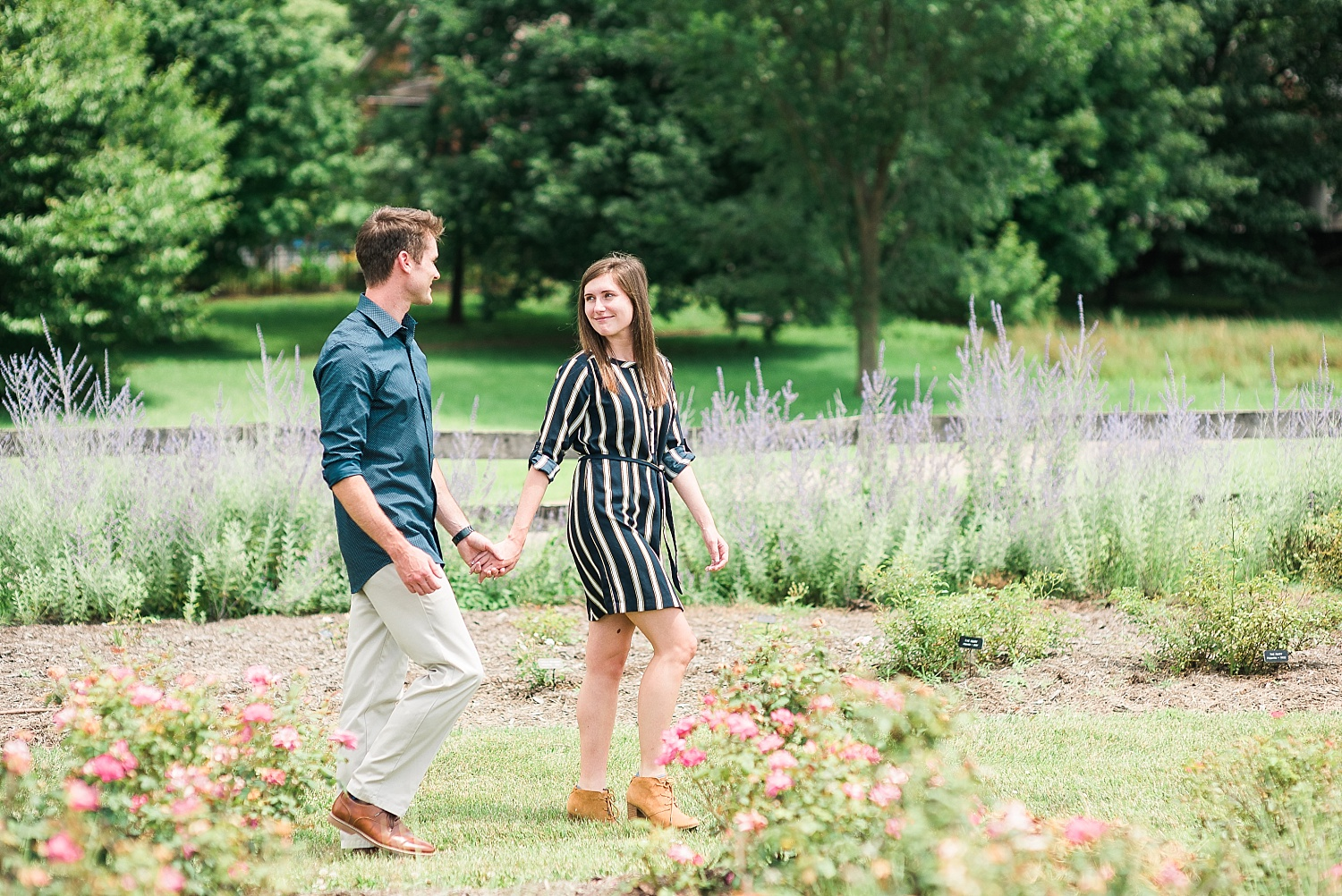 garden-engagement-session