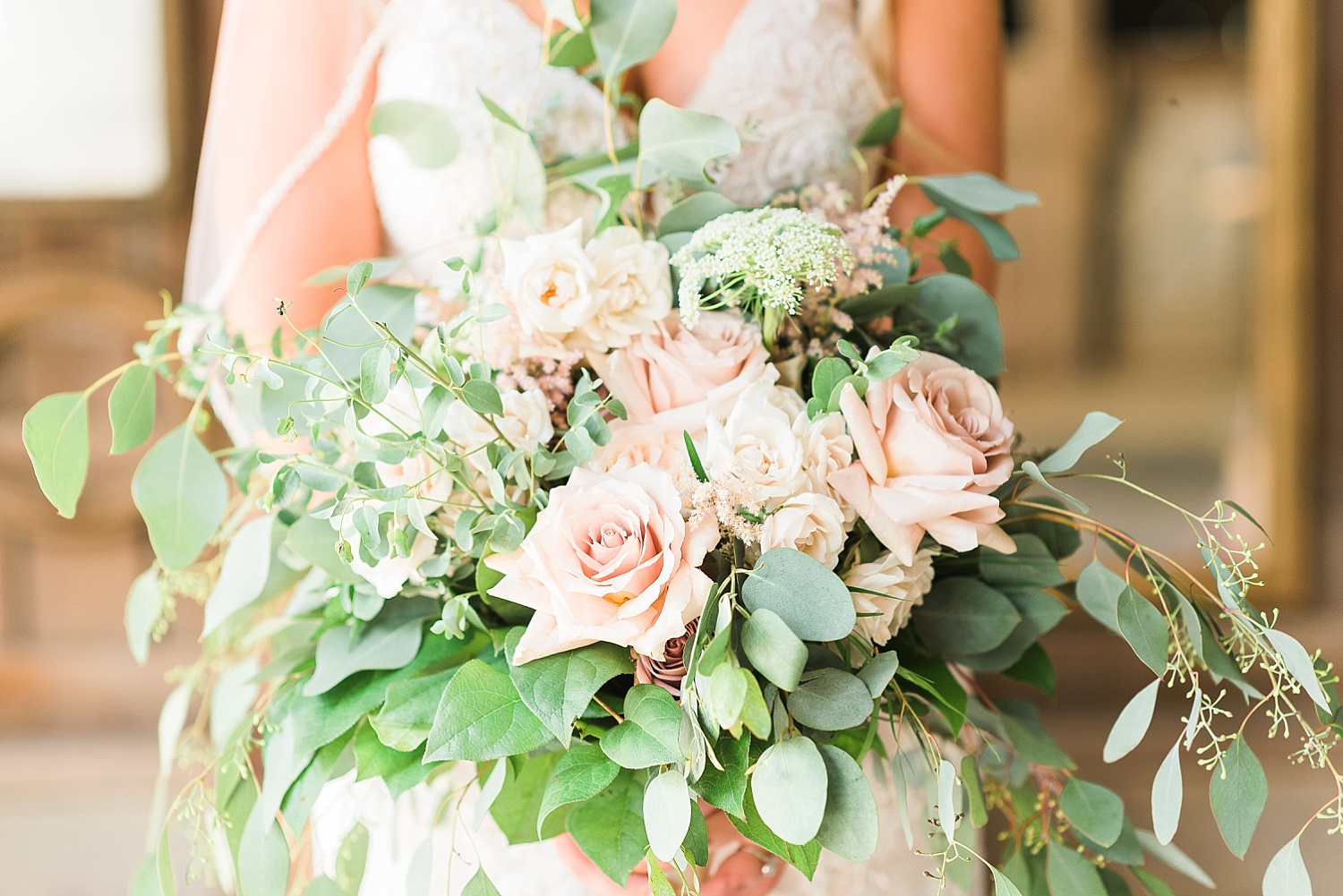 mauve-cream-greenery-bouquet