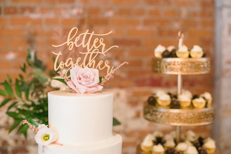 sweet-lilus-wedding-cake