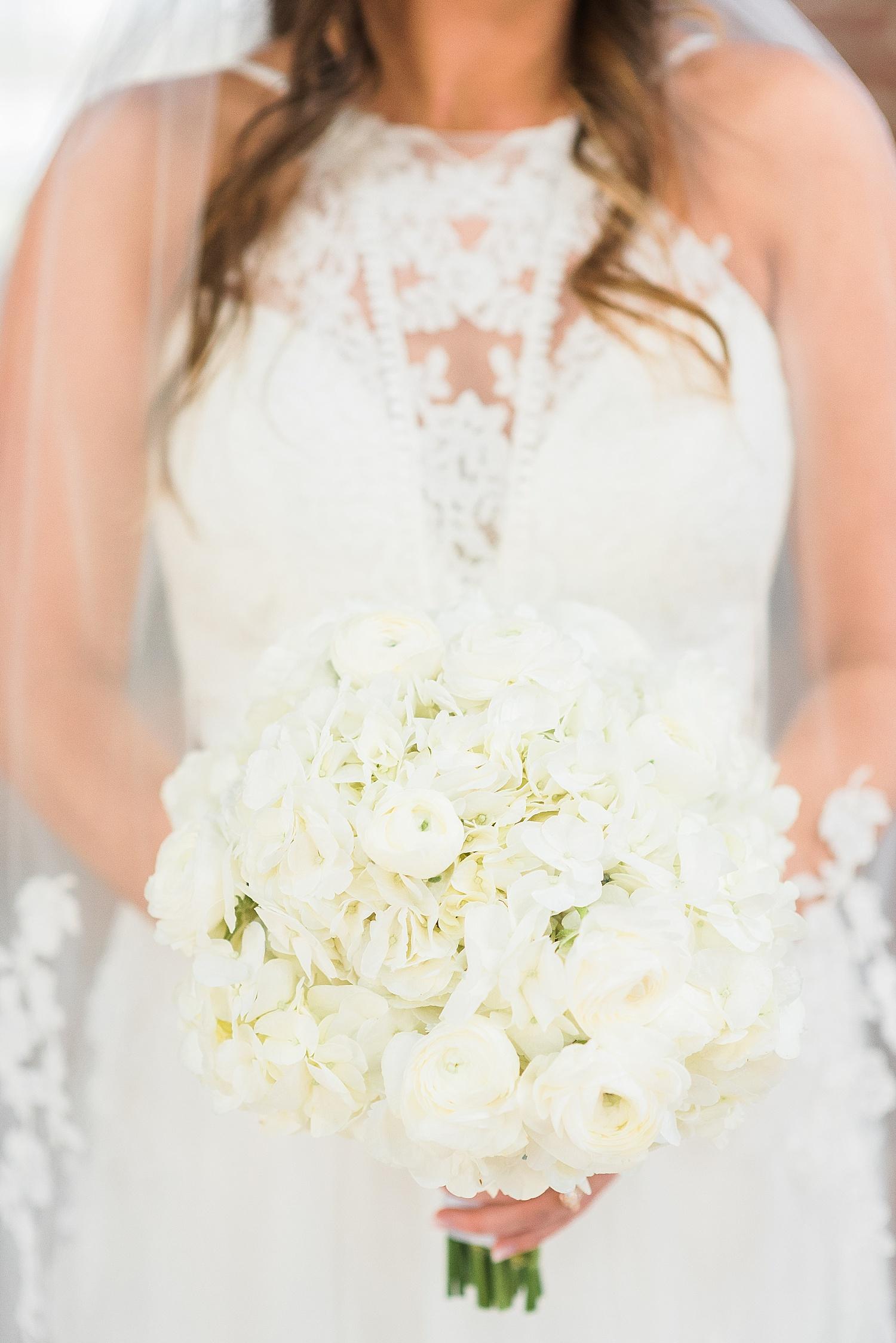 white-bouquet