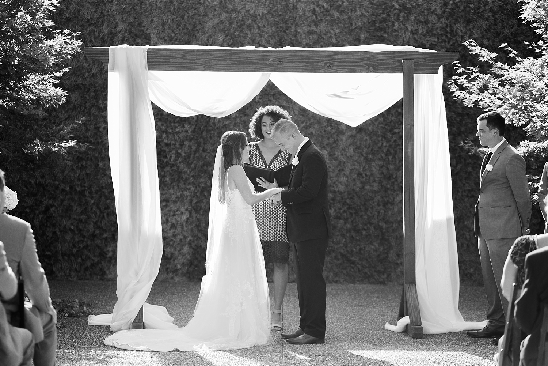 bowling-green-wedding-photographers