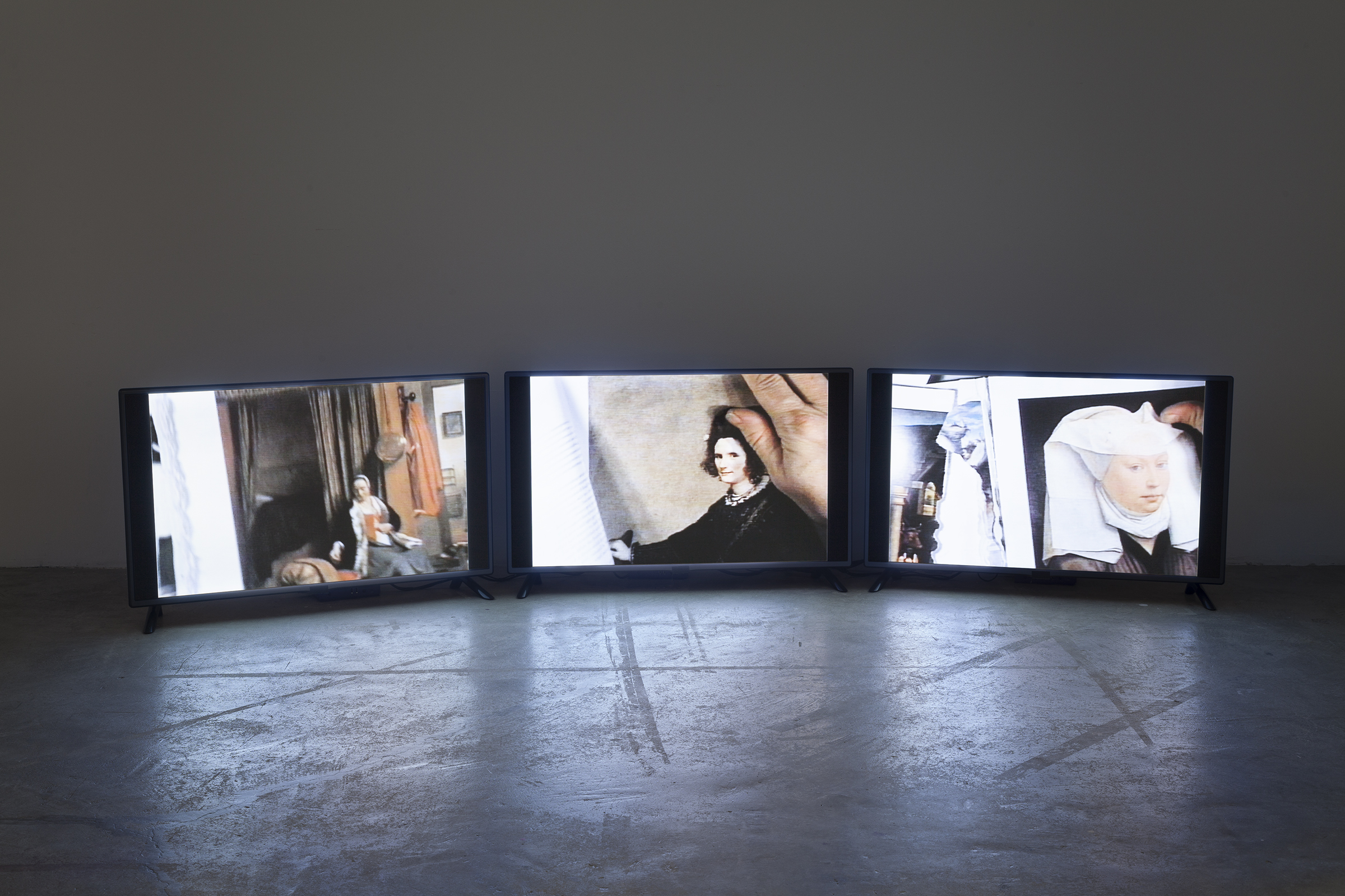 Michel Auder,  Gemälde I , 2015, 3 channel video installation, Betamax video transferred to digital video, loop, duration variable, Edition of 5 plus II AP