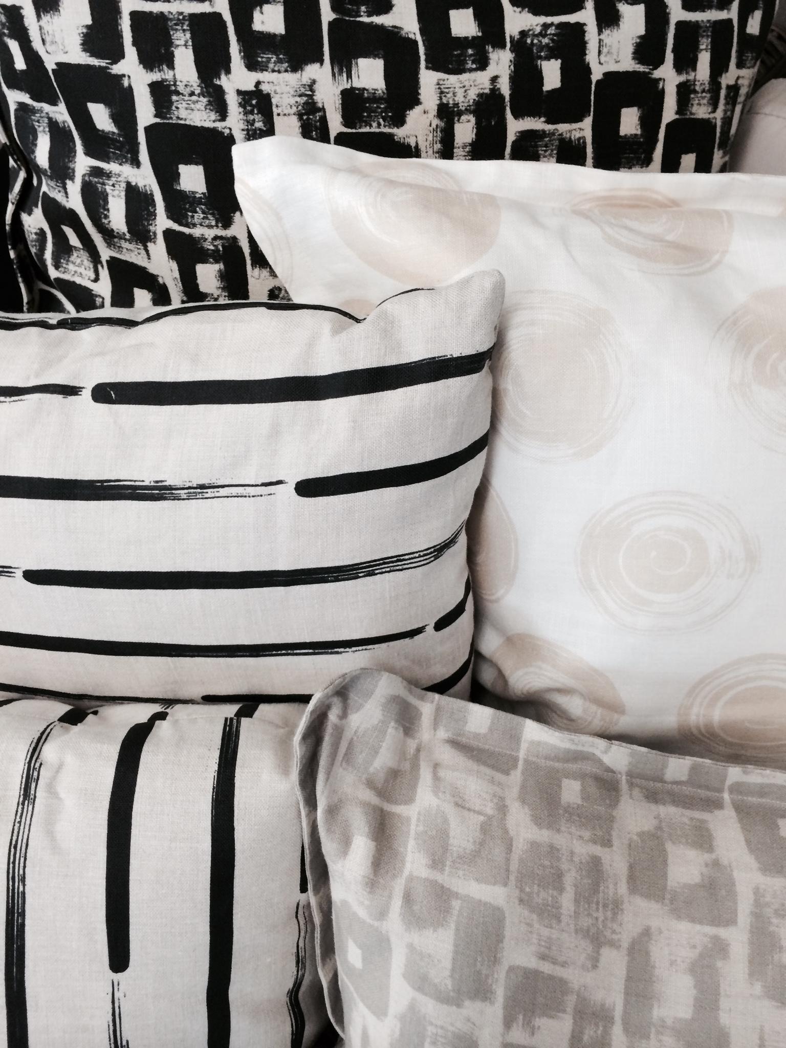 InSt_Casey Dalene_ Pillows2.jpg