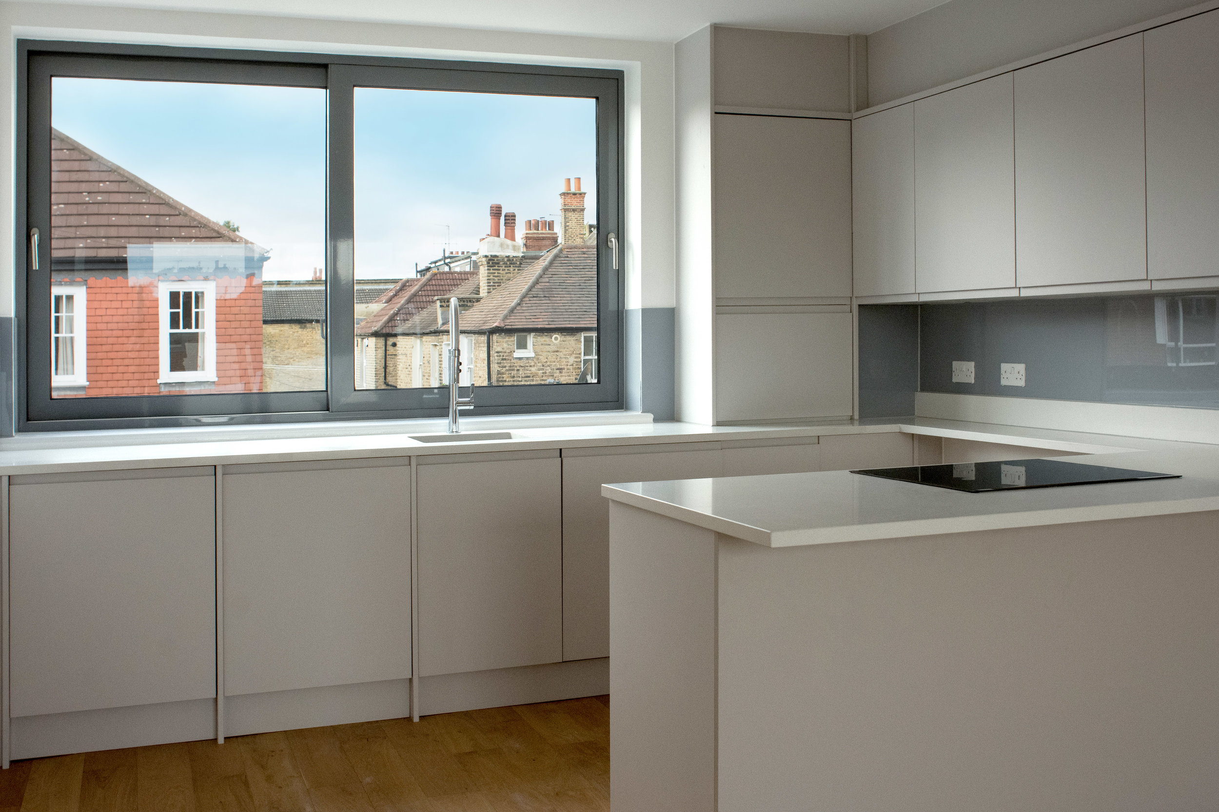 kitchen-2top-floor-floor-flat--1--radbourne-road-DCP.jpg