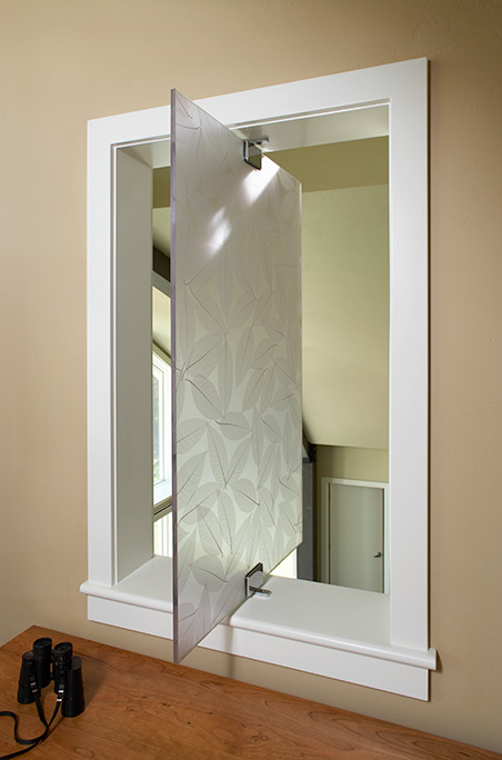 3-Form Pivot Window