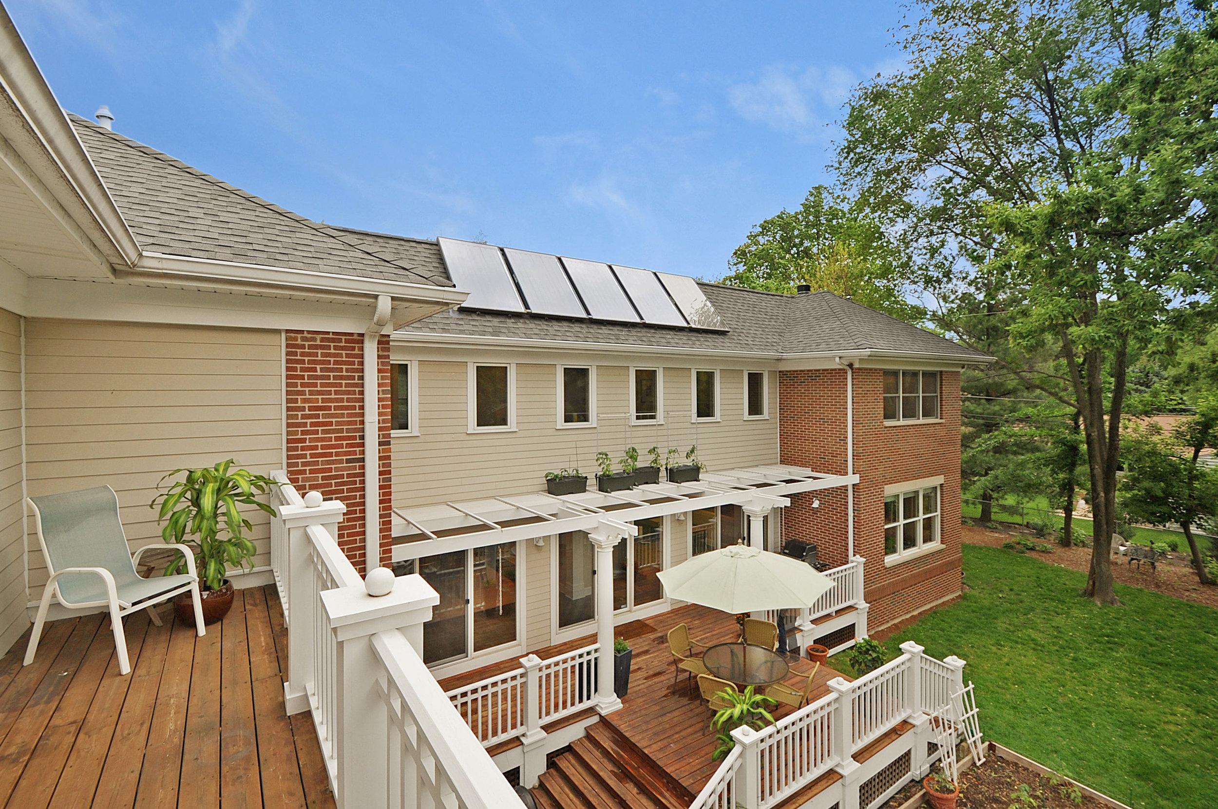 Solar Courtyard Home   Evanston