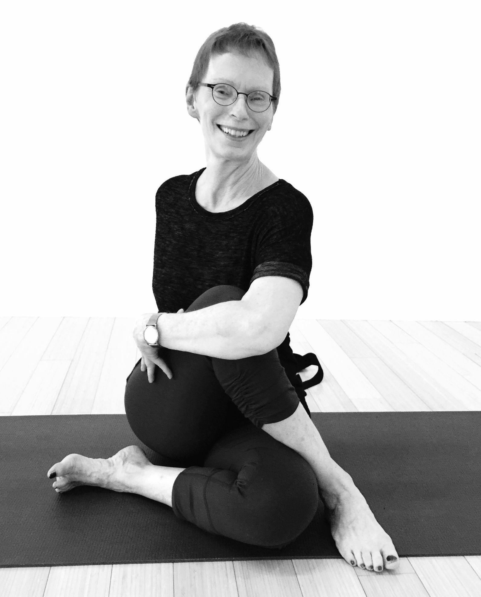 evalyn-mehta-yoga-aging-mature-bodies