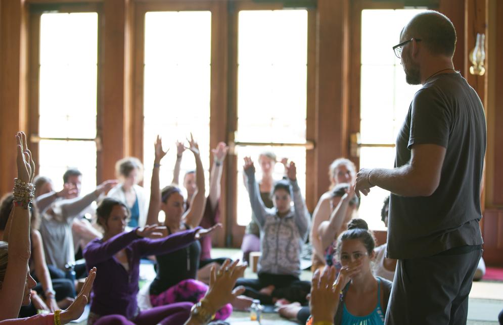 joe-barnett-yin-yoga-boston